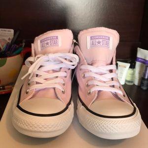 Pretty pink converse
